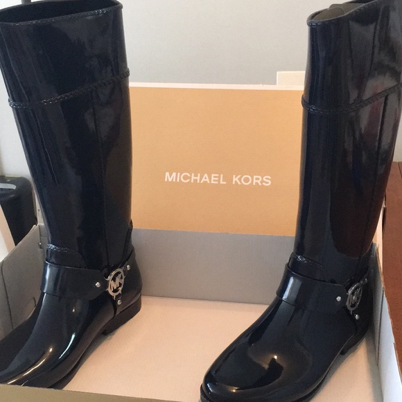 Michael Kors Shoes - Michael Kors Tall Navy Rain Boots, Size 10